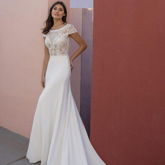 White One - Obre Brautkleid Vorderansicht 2