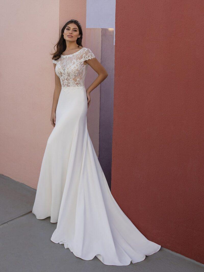 White One - Obre Brautkleid Vorderansicht 1