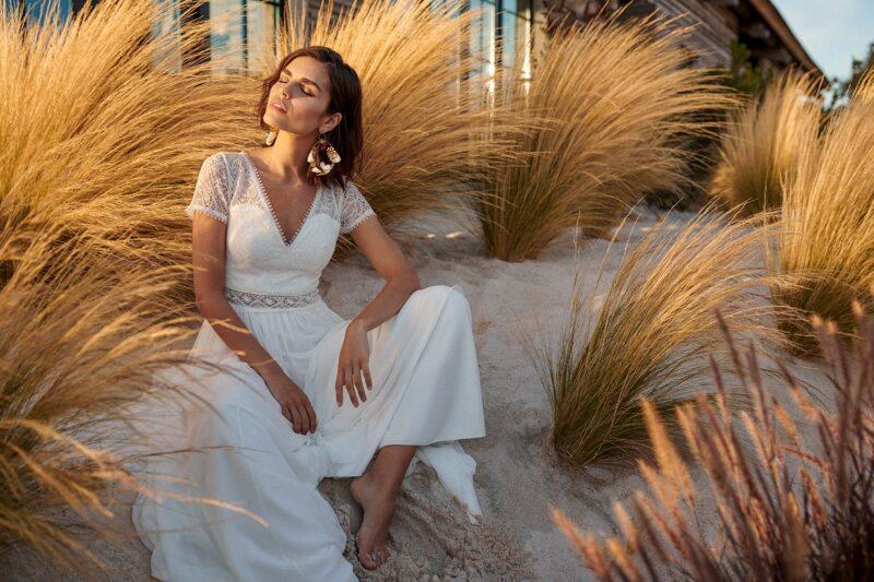 Marylise - Blue Velvet Brautkleid Vorderansicht 3