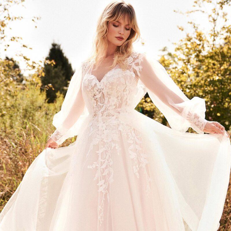 Lillian West - 66182 Brautkleid Vorderansicht 1