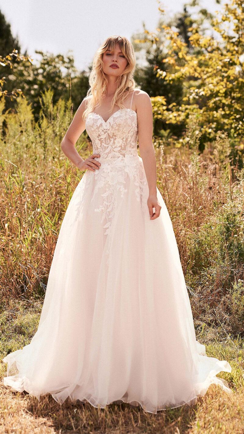 Lillian West - 66182 Brautkleid Vorderansicht 4