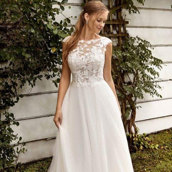 Sincerity - 44272 Brautkleid Vorderansicht 3