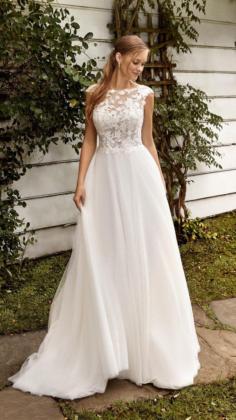 Sincerity - 44272 Brautkleid Vorderansicht 1