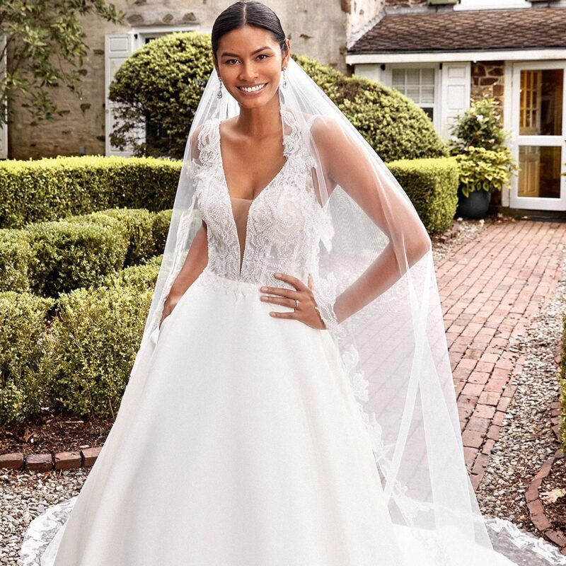 Sincerity - 44276 Brautkleid Vordernansicht 3