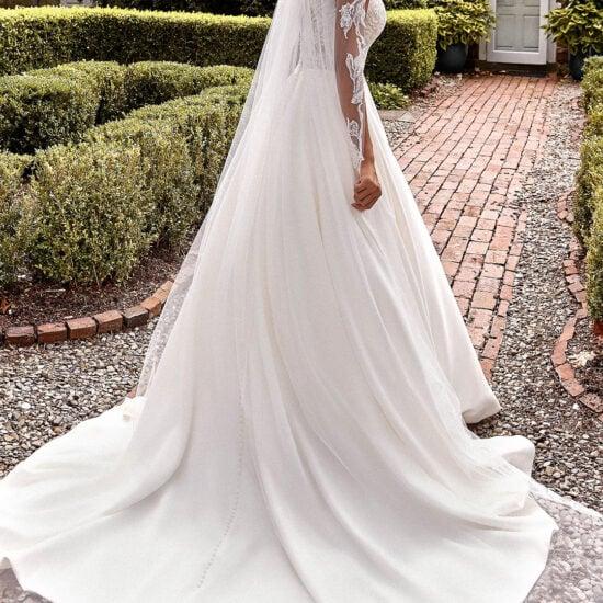 Sincerity - 44276 Brautkleid Rückansicht 1
