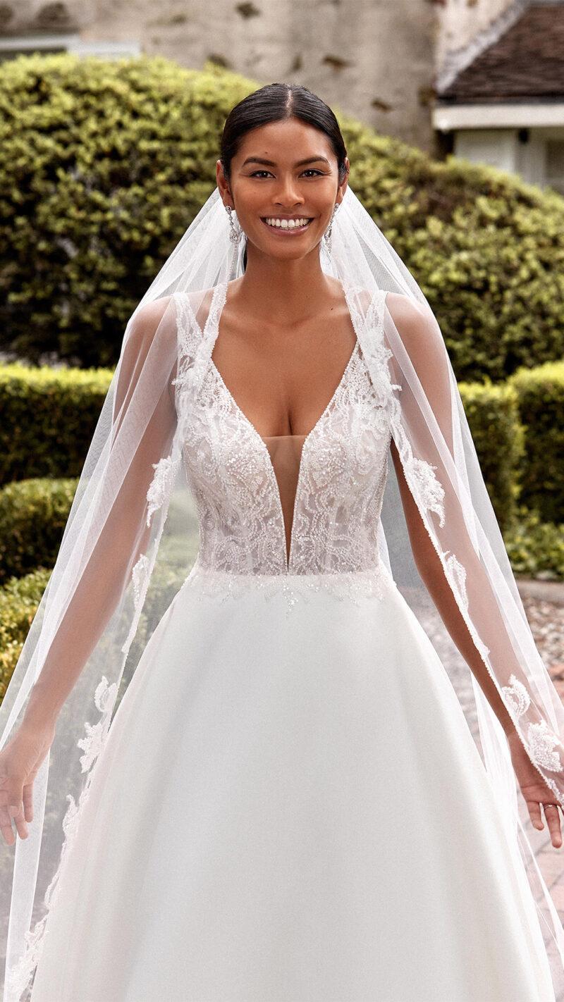 Sincerity - 44276 Brautkleid Vordernansicht 2