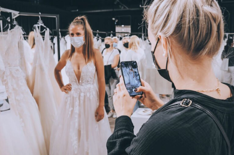 Wedding Dresses Preview-Night